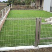 芝張り・門扉ブロックフェンス